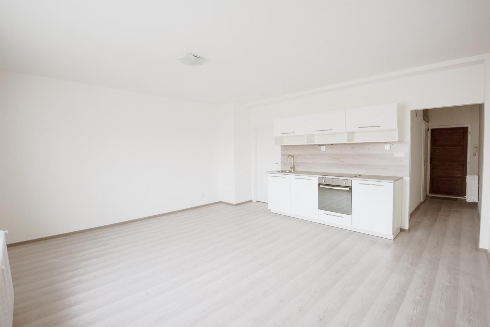Byt, 2 - izbový, 44m2, Bratislava III - Nové mesto, Šancová ulica